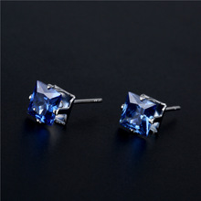цена на 1 Pair Fashion Women Crystal Ear Stud Elegant All-match Earrings Chic Charm Earrings Decorating Accessories Gift