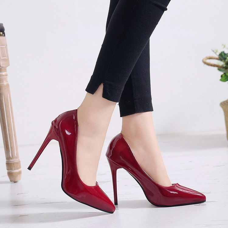 Women Patent Leather Pumps Plus Size 44 2020 Womens Pointed-Toe Red Bottom High Heel Shoes Women's Nude Thin Heel Wedding Shoes