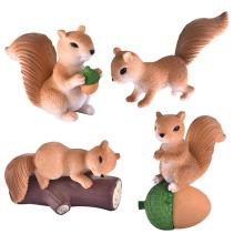 4pcs/Set Lovely Squirrel Family Model Cartoon Animal Figurine Dollhouse Cake Home Decor Miniature Fairy Garden Decoration