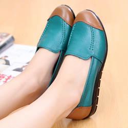 Лидер продаж; женская обувь из воловьей кожи для мам; нескользящая повседневная женская обувь на мягкой подошве для среднего возраста;