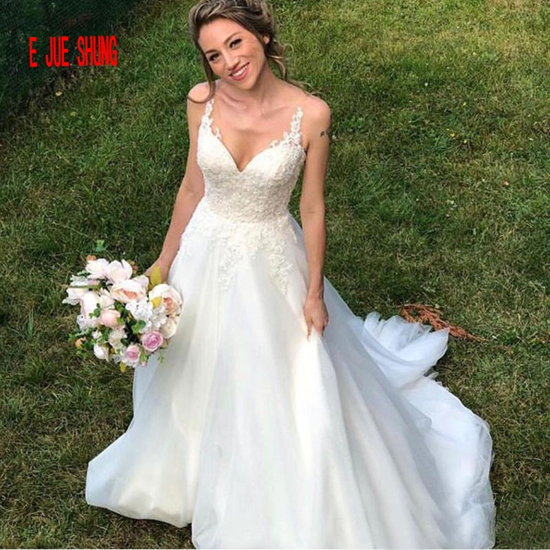 E JUE SHUNG White Long Wedding Dresses Spaghetti Straps Lace up Back Tulle Neckline A line Boho Bride Gown Robe De Soiree