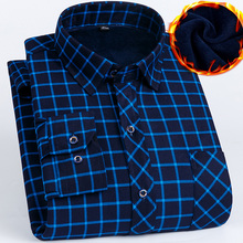 2019 الشتاء حجم كبير 5XL 6XL 7XL 8XL الدفء منقوشة الأعمال قميص سميك غير رسمي الرجال مع زغب موضة الحرارية الأب الملابس