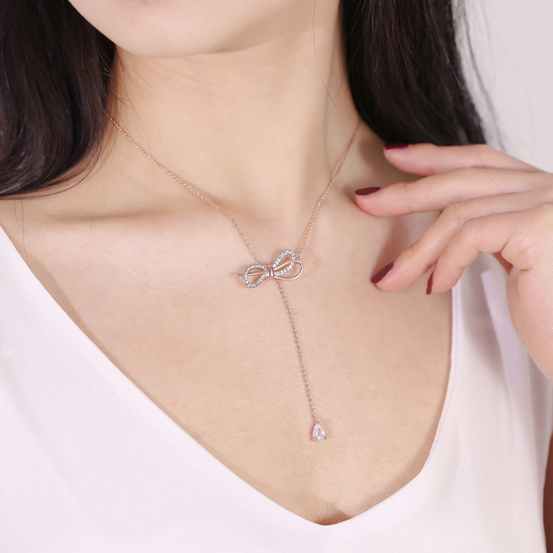 Hot selling temperament inlaid rhinestone bow knot necklace necklace trend personality wild zircon pendant clavicle chain