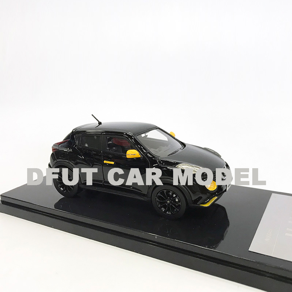 1:43 Игрушечная модель гоночной машины из сплава JUKE 15RX детских игрушечных автомобилей оригинальный авторизованный подарок для детей