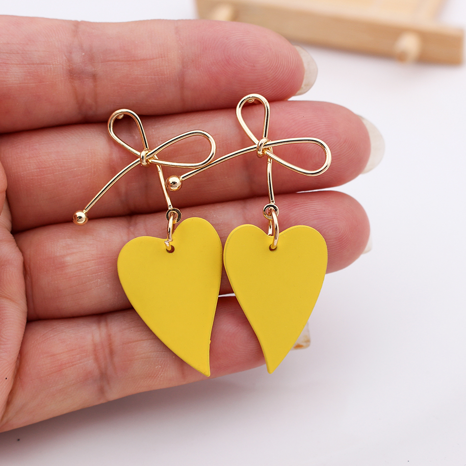 2020 New Fashion Female Jewelry Earings Gold Color Heart stud Geometric Drop Earings for Women Brincos Vintage Earing Wholesale