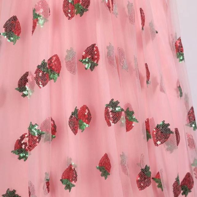 Stock 2021 Strawberry Dress Women Fashion Deep V Pleated Puff Sleeve Sweet Voile Mesh Sequins Embroidery French Party Dresses 3