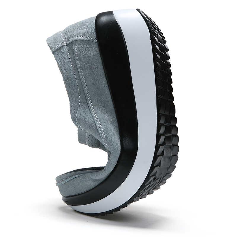 春の女性のフラットプラットフォーム女性スニーカースリップ女性にフラットレザーエレガントな靴モカシンローファークリーパー 2019 新
