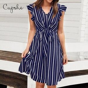 Image 1 - Cupshe 여성 브이 넥 프릴 드레스 2019 뉴 비치 여름 슬림 스트라이프 프린트 sundresss 프론트 매듭 vestido