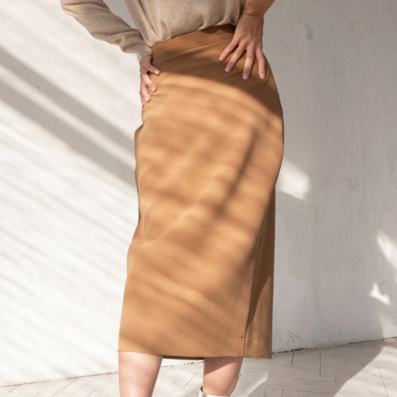 Elegant High Waist Front Split Midi Skirt 3