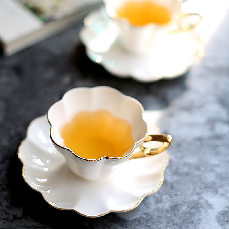 Bone China Afternoon Tea Cup High-end Gold Painted British Black Tea Coffee Cups And Saucers Set 180ML Ceramic Espresso Cups