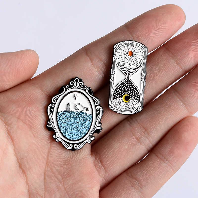 Reloj de arena espejo de día y de noche a la deriva botella esmalte Pins arena reloj océano solapa Pin broche insignia naturaleza joyería