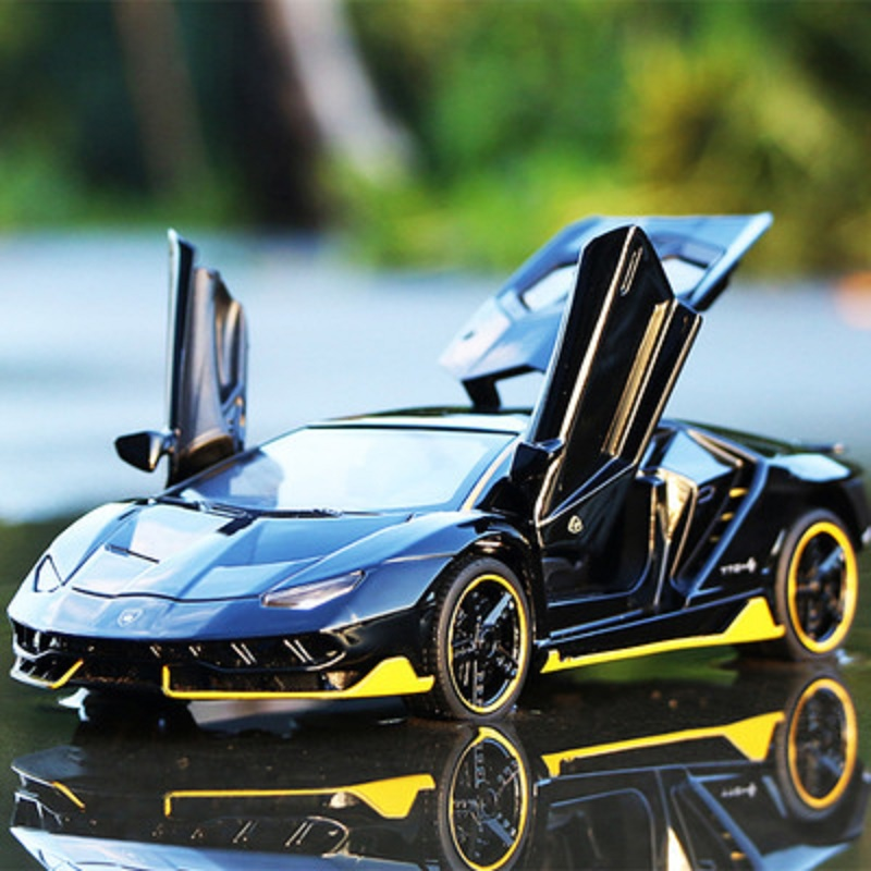 1:32 Alloy Sports Car Diecast Model Sound & Light Pull Back Cars Toy Children Birthday Super Racing Gift LP770 Car Model