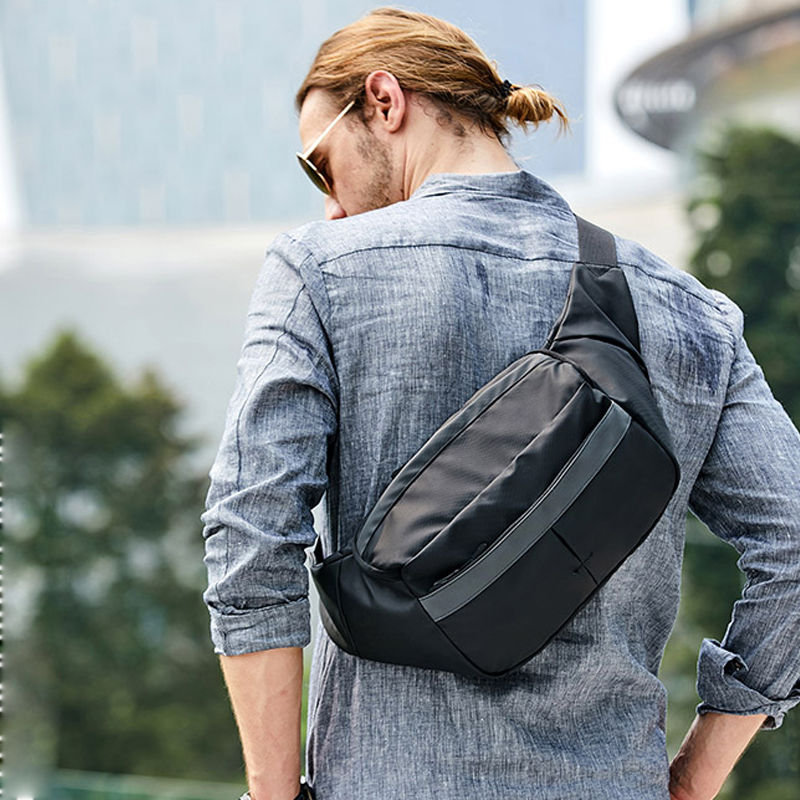 Water Repellent Reflective Men Wait Bag For 7.9 Inch IPad Crossbody Bags High Quality Messenger Bag For Travel
