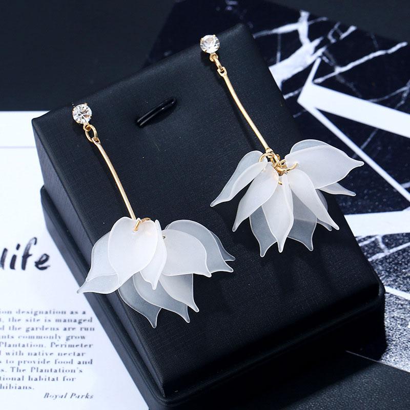 2020 New Flower Handmade Bohemia Boho Earrings Women Fashion Long Hanging Earrings Crystal Female Wedding Earings Party Jewelry