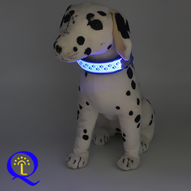 Dongguan Glowing Pet Collar LED Luminous Collar Decoration Dog Paw Prints Nylon LED Dog Belt