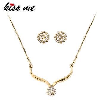 Kiss Me 2 Couleurs Rouge//Noir Beauté Fleur Fashion Drop Dangle Earrings ed01345c