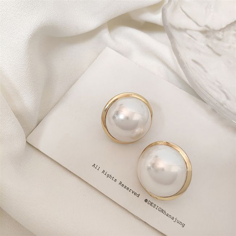 Vintage Imitation Pearl Earrings 2019 Women's Earrings For Women Accessories Fashion Simple Round Geometric Earrings Jewelry