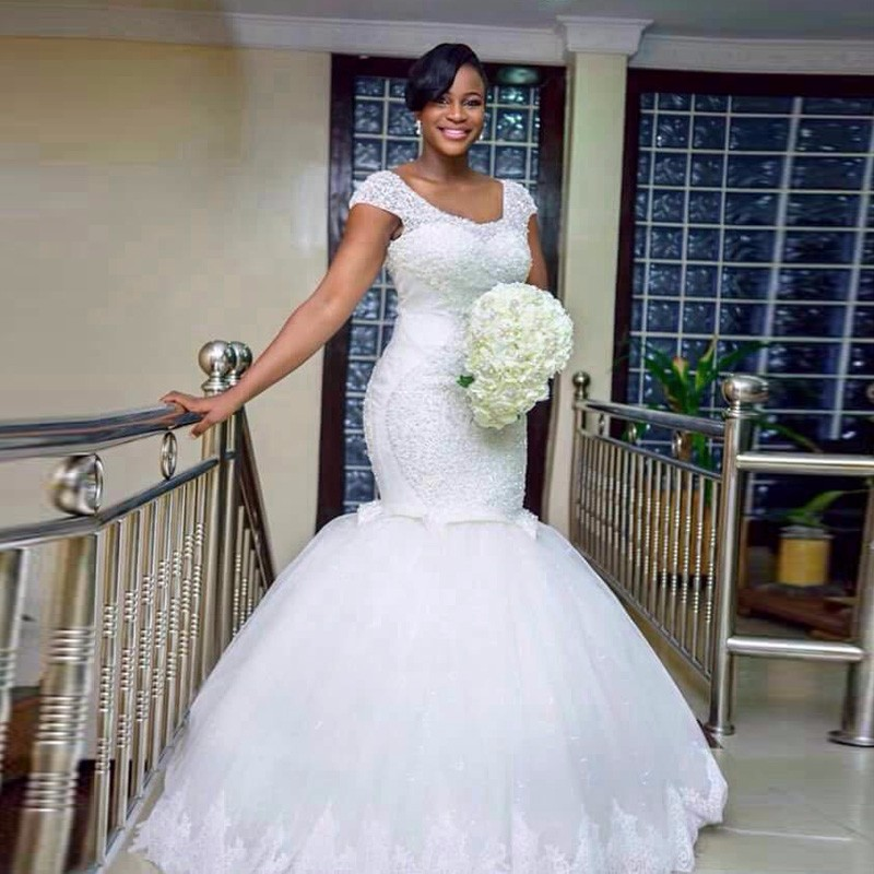 QQ Lover 2019 Africa Luxury Beaded Pleated Mermaid Wedding Dress Plus Size Custom made Bridal Gown