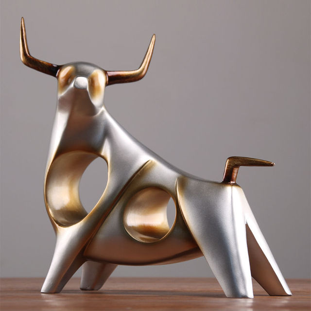 ERMAKOVA Sculpture Cow Figurine Abstract Resin Animal Statue Table Sculpture for Living Room Home Decorations 2