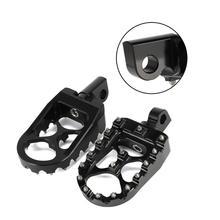 Estribos anchos giratorios de aluminio CNC para todoterreno, estribos de pie personalizados para Harley Dyna 2013 2018, Fatboy, Iron 1993