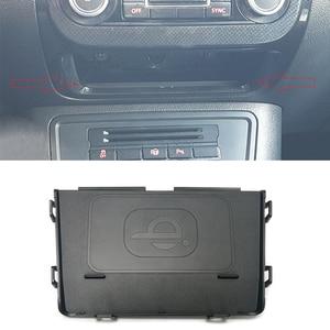 Image 1 - Dla Volkswagen Tiguan MK1 2012 2013 2014 2015 2016 bezprzewodowa ładowarka samochodowa QI ładowarka do telefonu ładowanie akcesoriów do telefonu