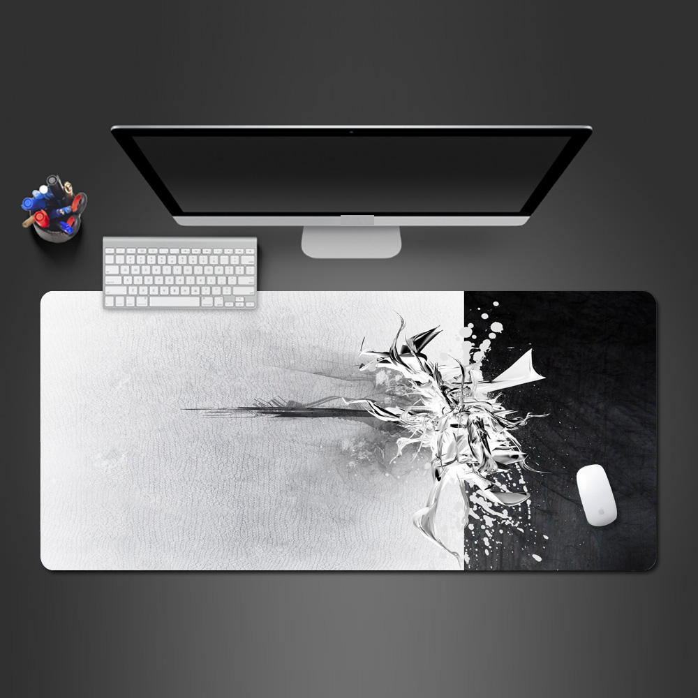 Best Personality Black And White Mouse Pad Super HD Print Good Quality Washable Mousepad Game Players Like To Play The Game Pad