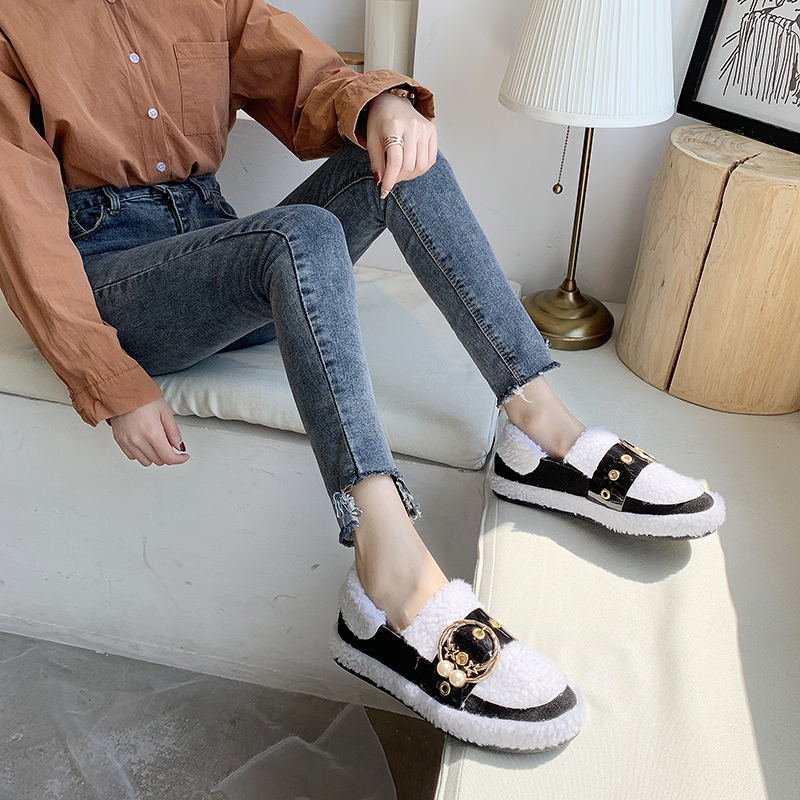 Women's Winter Flat Shoes Korean Suede Short Plush Lining Ladies Casual Sneakers Rubber Non-slip Bottom Winter Warm Womenshoes 48
