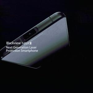 """Image 2 - Blackview MAX 1 6.01 """"projektör cep telefonu 6GB + 64GB FHD AMOLED Android 8.1 taşınabilir ev sineması film projektör 4G akıllı telefon"""
