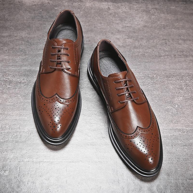 2020 Men Leather Shoes Men Dress Shoes Formal Wedding Party Shoes For Men Retro Brogue Shoes Luxury Men's Oxfords