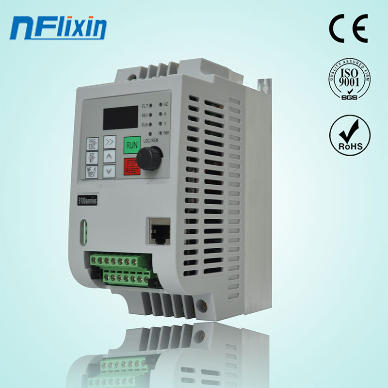 2.2KW VFD Inverter 1phase 220VAC Variable Frequency Driver for Spindle Motor