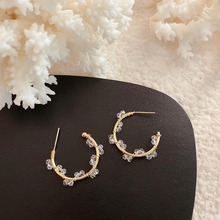 Fashion Korean Style Small Circle Stud Earrings Luxury Gold Color Transparent Crystal Earring Women Weddings Party Jewelry