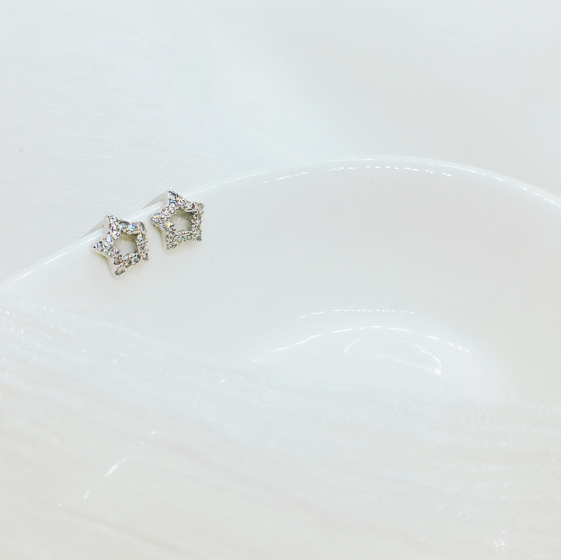 S925 argent Sterling petite étoile boucles d'oreilles mignon petites boucles d'oreilles tempérament féminin japonais coréen boucles d'oreilles
