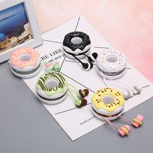 Image 2 - 1pcs 3.5mm In Ear Cute Earphones  Macarons Donut Cartoon Earphone Q17 White/Pink/Green/Blue/Black/Mint Green Portable Earplug
