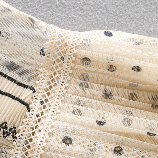 2021Beige color polka dot printed chic style see through women summer sleeveless lace pleated dress Round neck slim fit 5