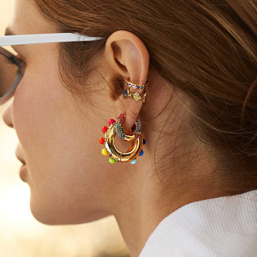 النساء تشيكوسلوفاكيا قوس قزح أقراط زركون الأذن الكفة مجموعة للإناث العصرية الذهب Huggie كليب على أقراط الأذن الكفة كريستال مجوهرات