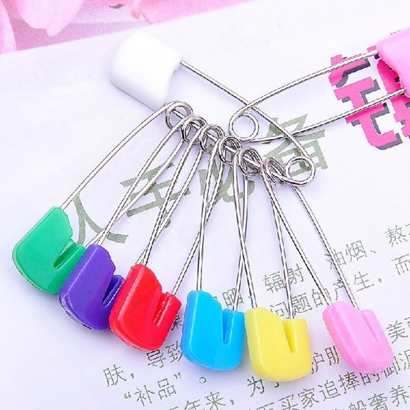 20Pcs/Lot DIY Candy Color Safety Pins Findings Safe Secure Clips for Baby Care Shower Cloth Diaper Pins Brooch Holder