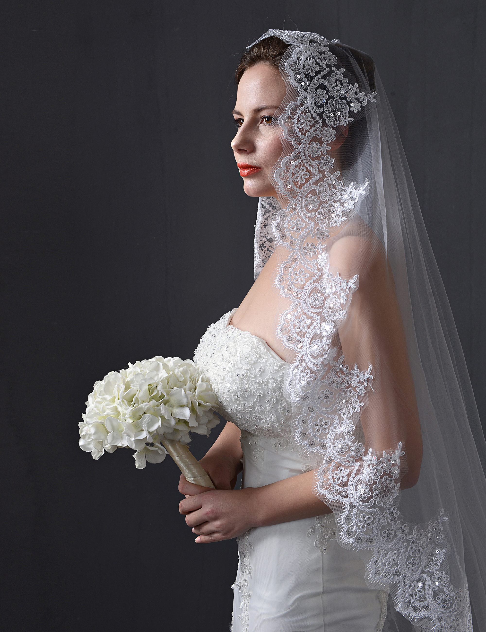 One Tiers Lace Sequin Cathedral Wedding Bridal Veils 1 Tiers Wedding Veils Vintage Lace 2020  3 M