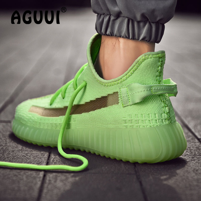 Men Casual Shoes Fluorescence Green Sneakers Breathable Flyknit Uppers Outdoor Walking Sports Running Shoes Size 39-44