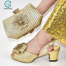 Nuevos zapatos y bolsos nigerianos dorados de verano para combinar zapatos con juego de bolsos de diseño italiano conjunto de zapatos y bolsos