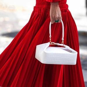 Image 3 - Burminsa 악어 인쇄 작은 여자 핸드백 세련 된 상자 디자이너 어깨 가방 숙 녀 전화 지갑 고품질 Crossbody 가방 2020