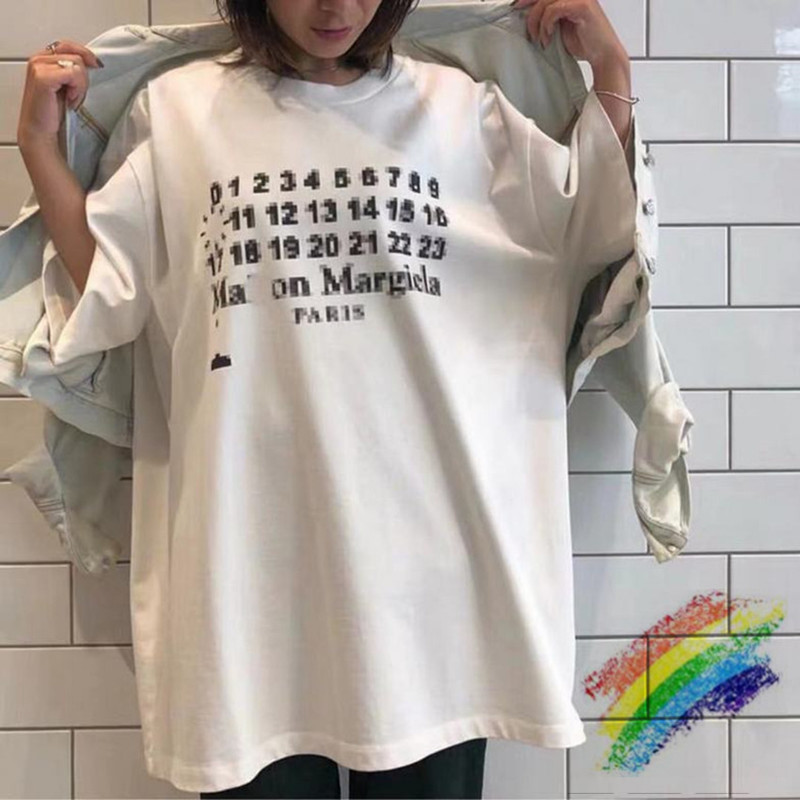 Oversized Maison Margiela 1:1 Top Version Tops Tees Men Women Fuzzy Numbers Printed Summer Style Black White T Shirts