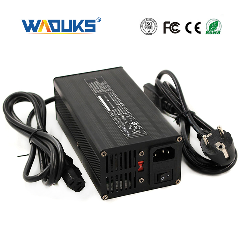 Electric Bike 60V 5A Lithium Li-ion Battery Charger Lipo 67.2V 71.4V 73V Scooter