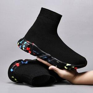 Image 4 - 새로운 메쉬 양말 신발 남성 스니커즈 통기성 캐주얼 남성 신발 커플 로퍼 신발 남자 편안한 Zapatillas Hombre 35 47