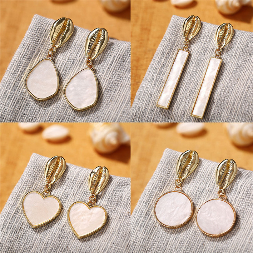 Simple Metallic Stud Earrings Gold Outer Ring Irregular Shape Love Acrylic Earrings Ladies Jewelry Boucle D`Oreille Femme 30AUG602