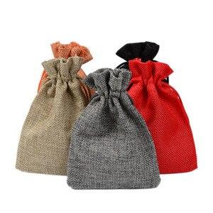Лидер продаж, 1 шт. льняная Джутовая сумка на шнурке, хлопковые разноцветные пакеты для упаковки, подарочные рождественские сумки для конфет...