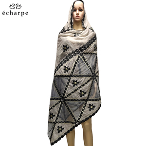 Image 1 - New fashion design Muslim headscarves and long scarf type geometrical design scarf made of pure cotton and comfortable EC108