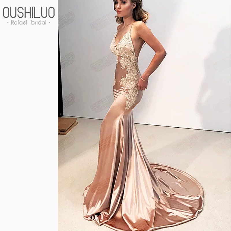 Lace Applique Mermaid Evening Dress Golden Satin Backless Spaghetti Strap V Neck Court Train Fishtail Long Formal Prom Dresses