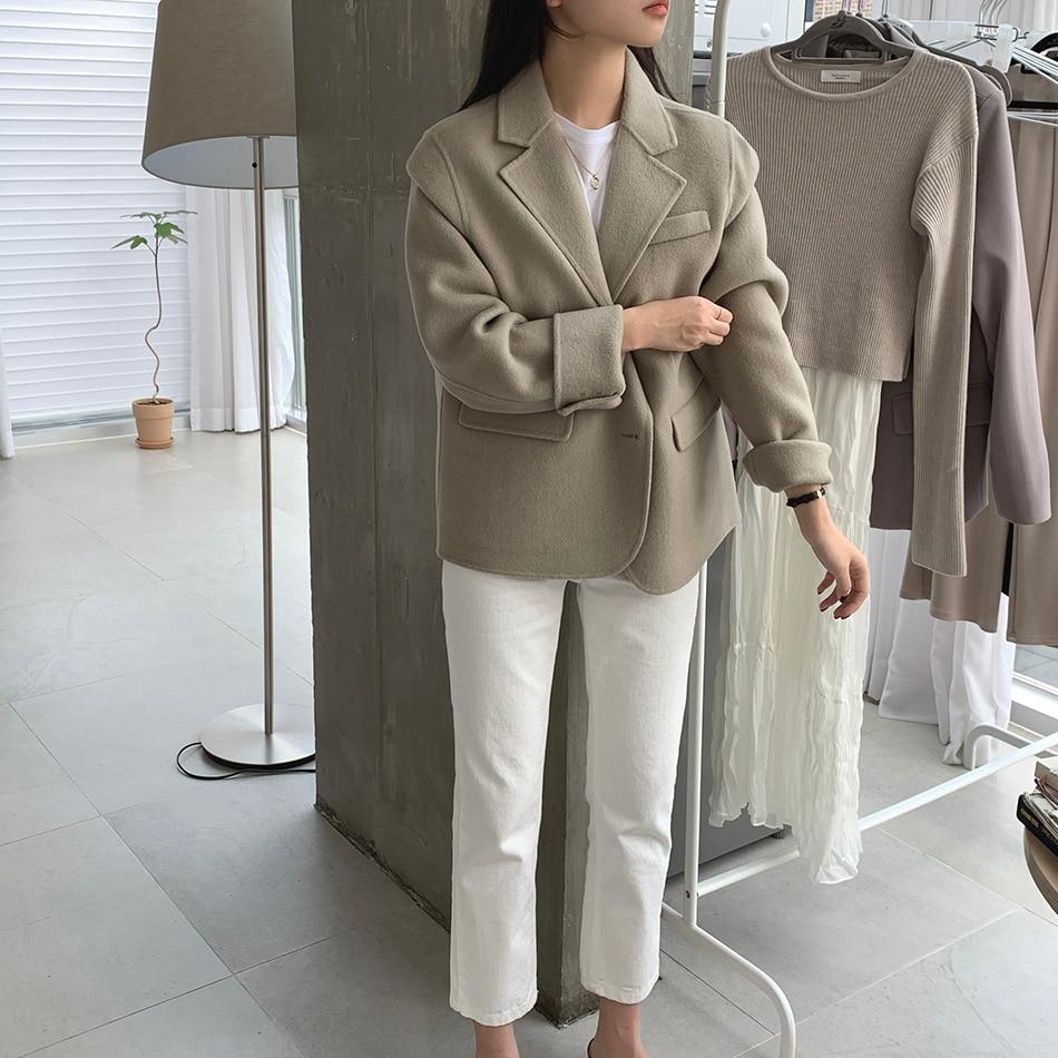 Hd1c7e205b98749c58454a17c4975b188v - Winter Korean Revers Collar Solid Woolen Short Coat