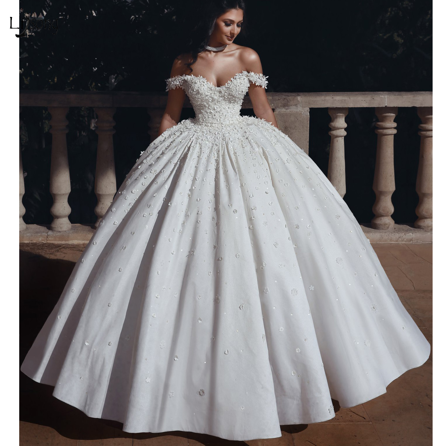 Princess 3D Flower Puffy Wedding Dresses Lace Pearls Beaded Ball Gowns Lace Bridal Gowns Plus Size Bridal Dress