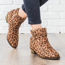 Women Leopard Printed Chelsea Boots Women Faux Suede Low Block Heeled Boots Ankle Retro Boots Braided Strap Botas Mujer D25 faux fur heeled ankle boots